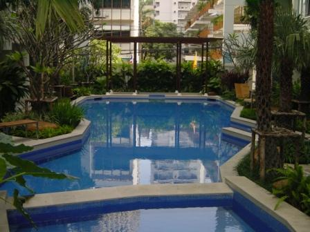 Three bed condo for rent in Nana - Pool