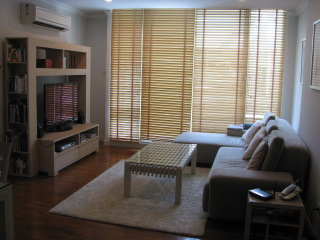 Three bed condo for rent in Nana - Living room
