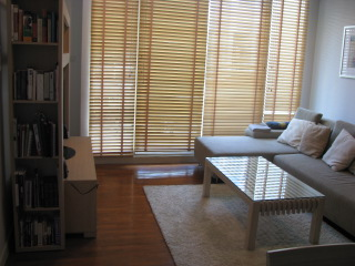 Three bed condo for rent in Nana - Living room 2