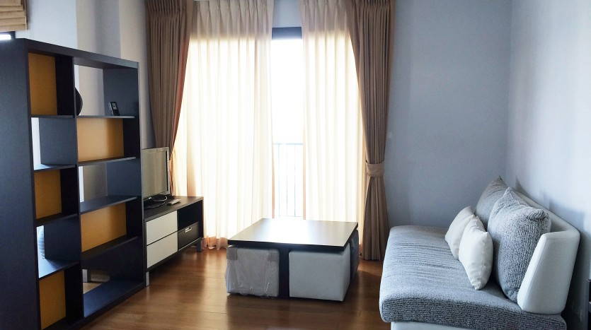 Condo for rent in ari - Lounge