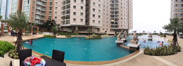 Two bed condo for rent in Sathorn -  Swimming pool