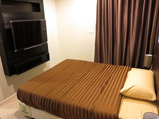 One bed condo for rent in Phra khanong -Bed room