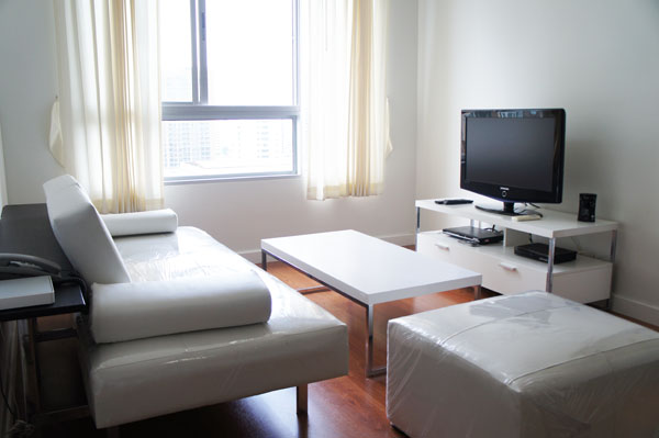One bed condo for rent in Phrom Phong - Living room