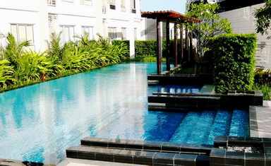 One bed condo for rent in Phrom Phong - Swimming pool