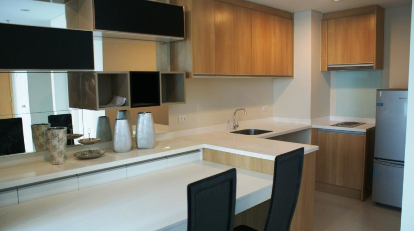 Duplex for rent in Asoke -Dining