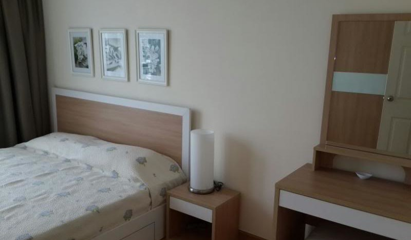 Two bed condo for rent in Ratchada - Master bedroom 2