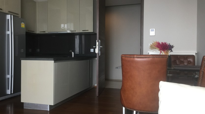 Two bedroom condo for rent in Thong Lo - Kitchen/Dining