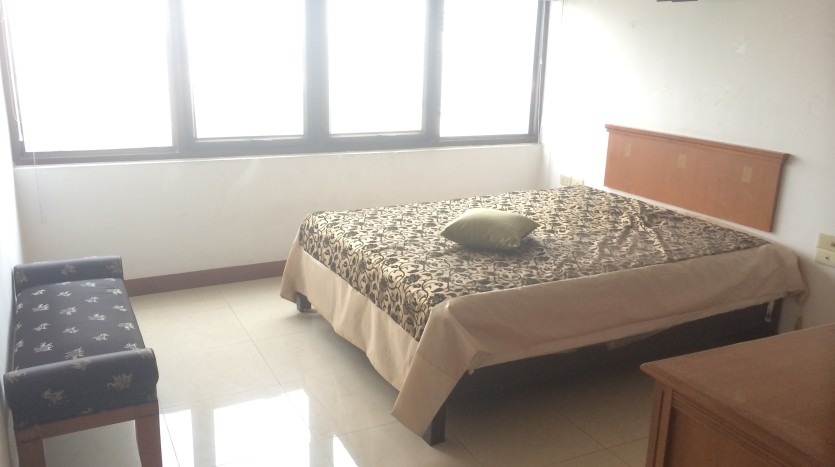 Two bedroom condo for rent in Thonglor - Second Bedroom