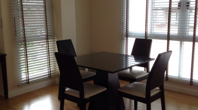 Two bed apartment for rent in Ari - Dining Room