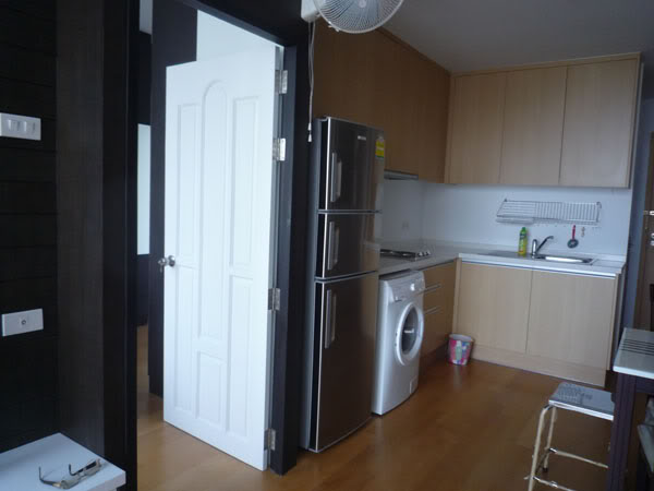One bed condo for rent in Ratchathewi - Kitchen