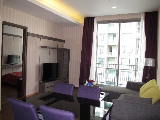 One bed condo for rent in Thonglor - Living Room
