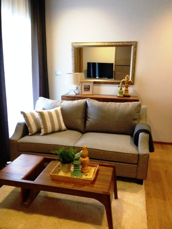 One bed condo for rent in Nana - Living room 2