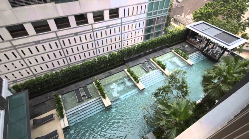 One bed condo for rent in Thonglor - Swimming pool