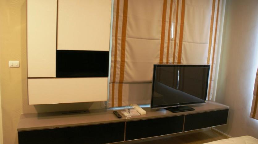 Duplex for rent in Asoke -TV
