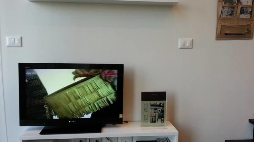 Duplex condo for rent in Thonglor - TV