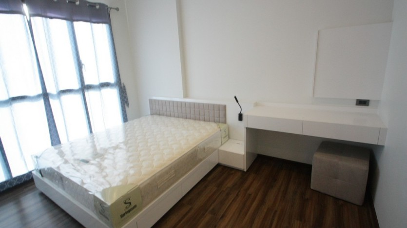 One bed condo for rent in Phra Khanong - Master bedroom