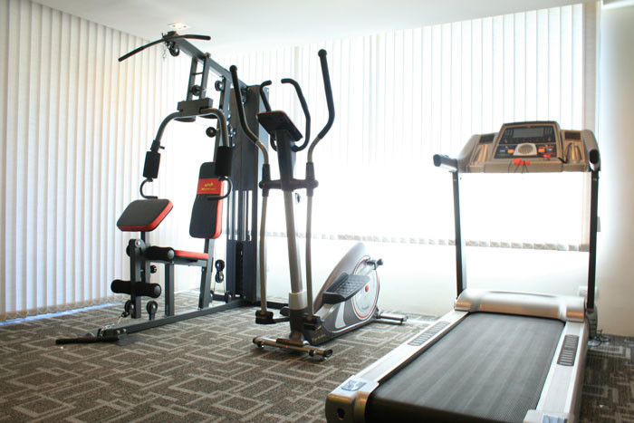One bed condo for rent in Asoke - Gym