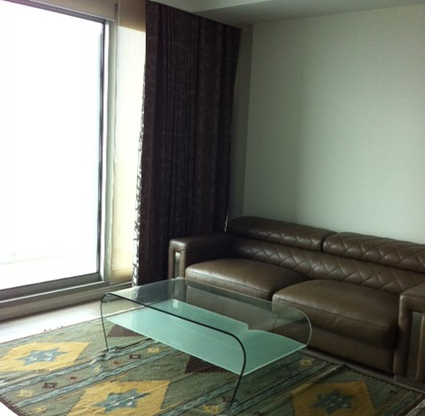 Two bed condo available for rent in Sathorn - Living room