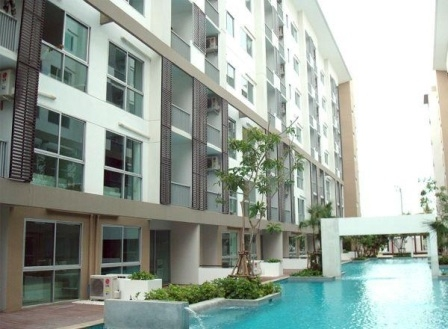 Two bed condo for rent in Rama 9 - Building