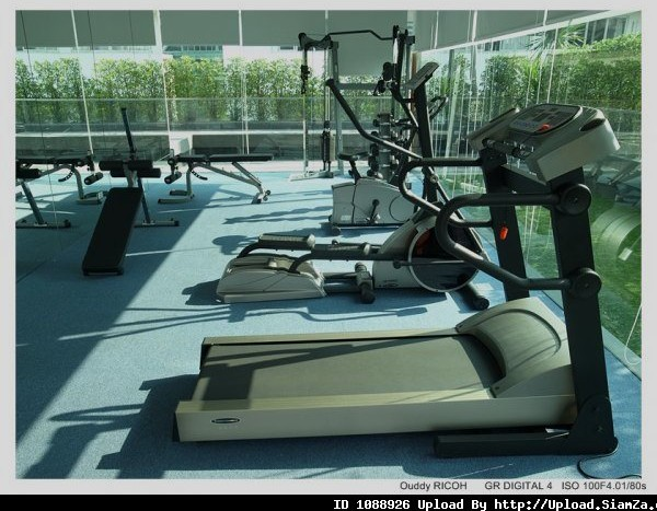 One bed condo for rent in Sathorn - Gym