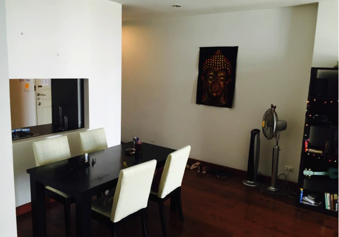 Two bed condo for rent in Asoke - Dining