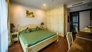 One bed for rent on Chidlom - Bedroom