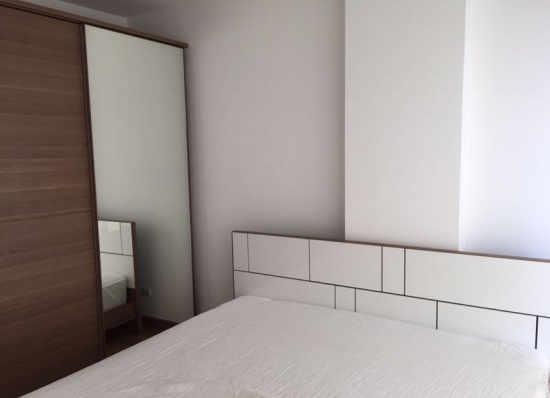 One bed for rent in Asoke - Bedroom