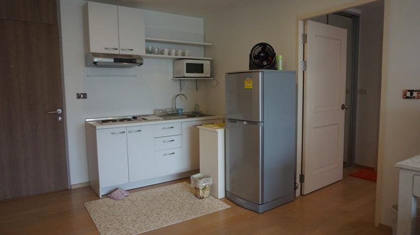 One bed condo for sale in Ari - Kitchen