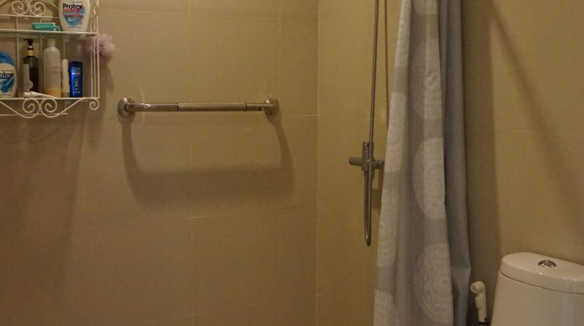 One bed condo for sale in Ari - Bathroom