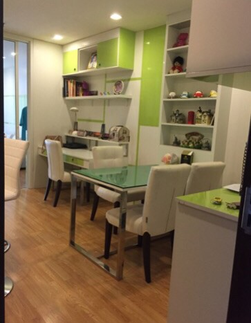One bedroom condo for rent in Phrakanong -Dining