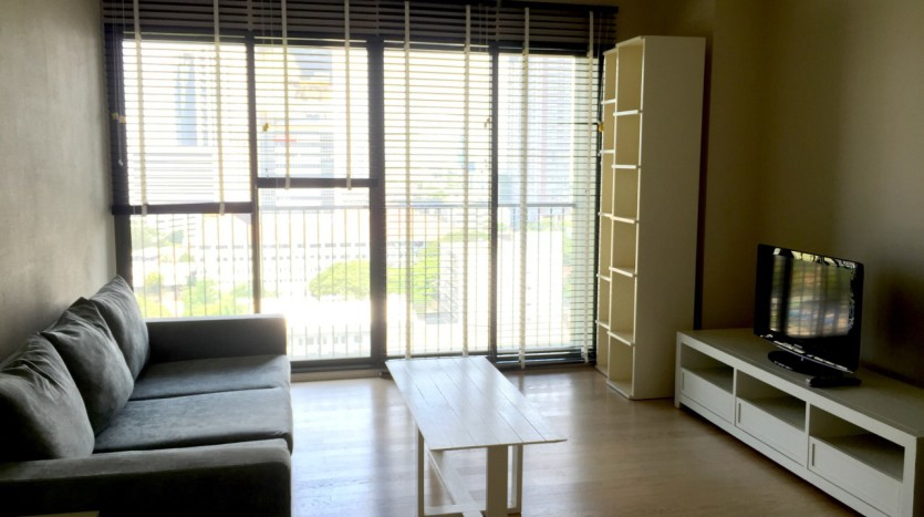 One bedroom condo for rent in Thong Lo - Living room two