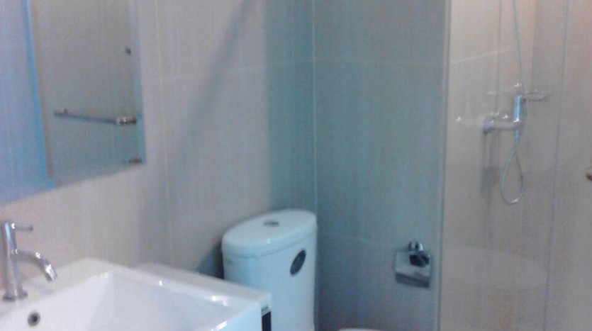 Two bedroom condo for rent in Asoke - Bathroom