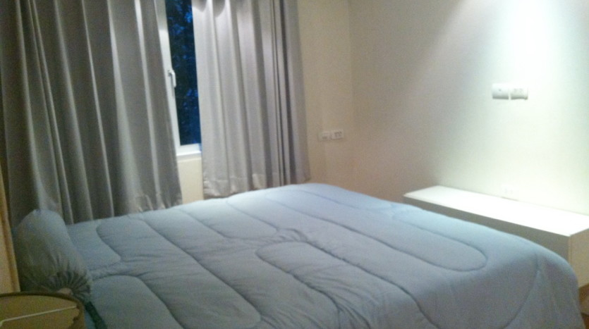 Two bed for rent in Ekkamai - Bedroom1
