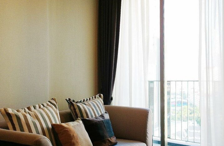 One bed condo for rent  in Ekkamai - Sofa