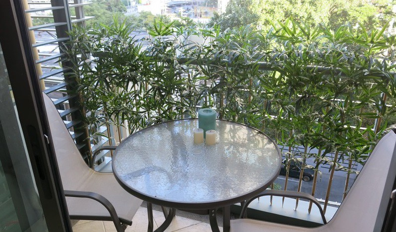 One bed condo for rent in Asoke - Balcony