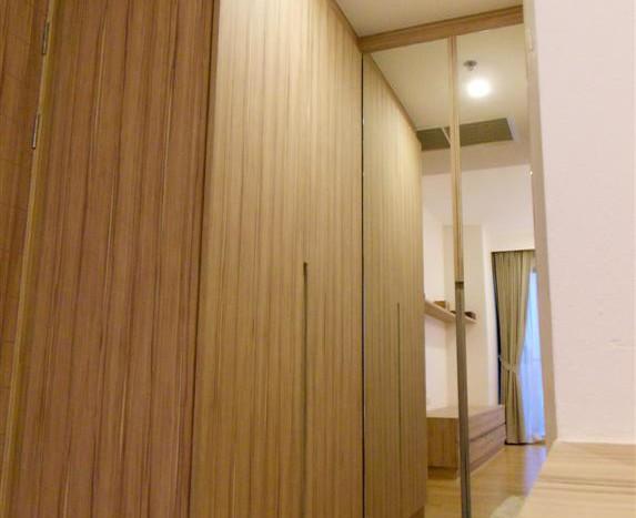 One bed condo for rent in Ari - Wardrobe