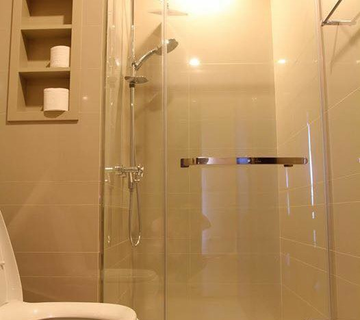 Two bed condo for rent in Ratchathewi - Bathroom
