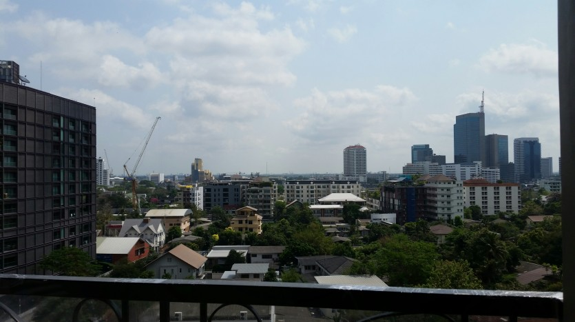 One bed condo for rent in ThongLor - Balcony