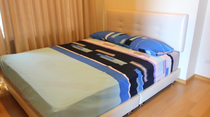 Two bed condo for rent in Ratchathewi - Second bedroom