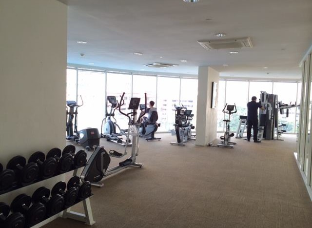 Studio for rent in Ratchatewi - Gym