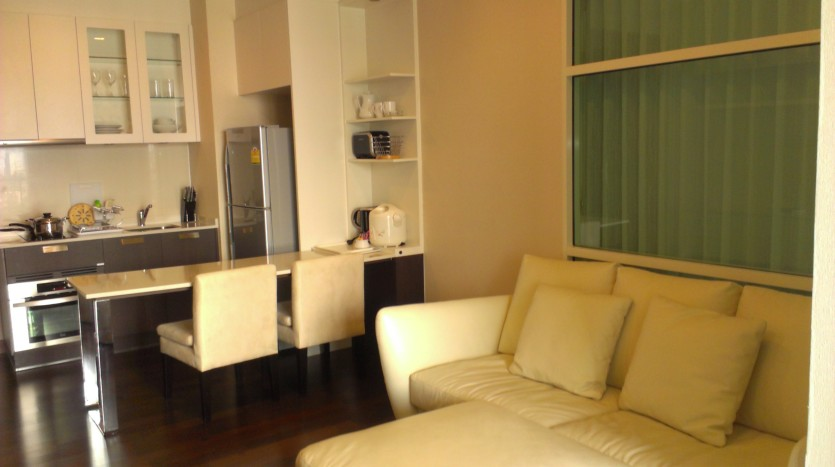 One bed condo for rent in Thong Lo - Sofa