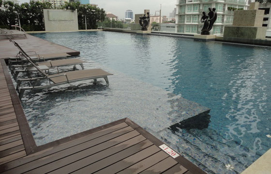 One bed condo for rent in Thong Lo - Pool