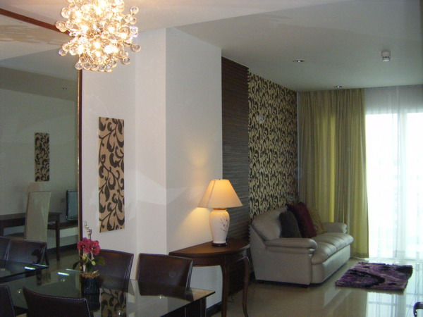 One bedroom condo for rent in Nana - Living room