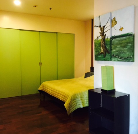 One bedroom condo for rent in Thonglor - Wardrobe