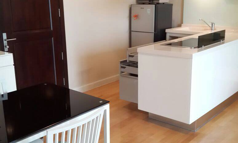 Two bedroom condo for rent in Ari - Dining room