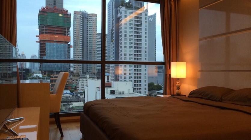 Two bedroom condo for rent in Sathorn - Master bedroom