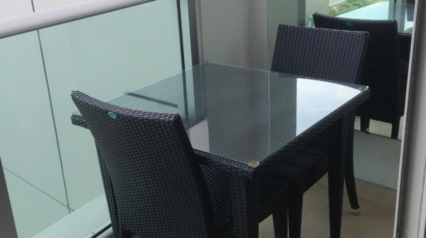 Three bed condo for rent in Asoke - Balcony