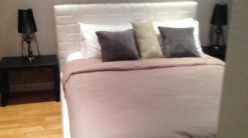 Three bed condo for rent in Asoke - Bedroom3