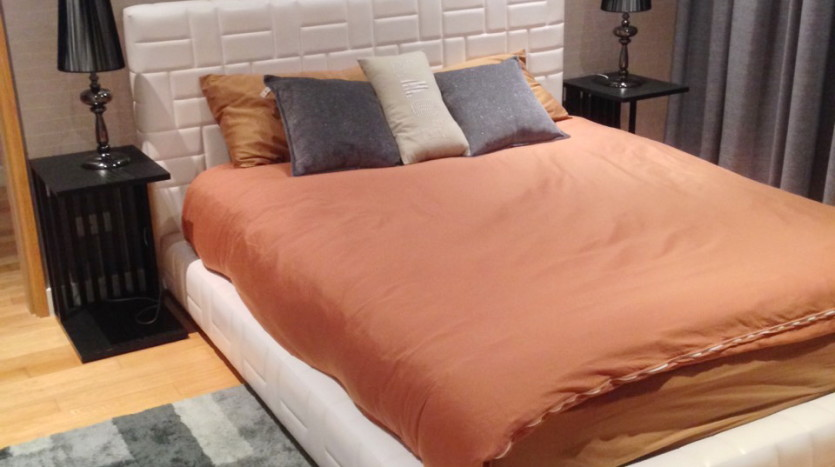 Three bed condo for rent in Asoke - Bedroom2
