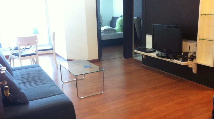 One bed condo for rent at Ekkamai - Living Room